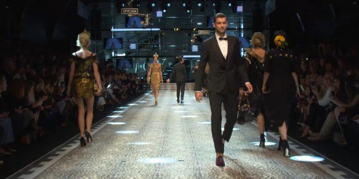 Dolce & Gabbana Herbst Winter 2017-18 Epic Women's Fashion Show