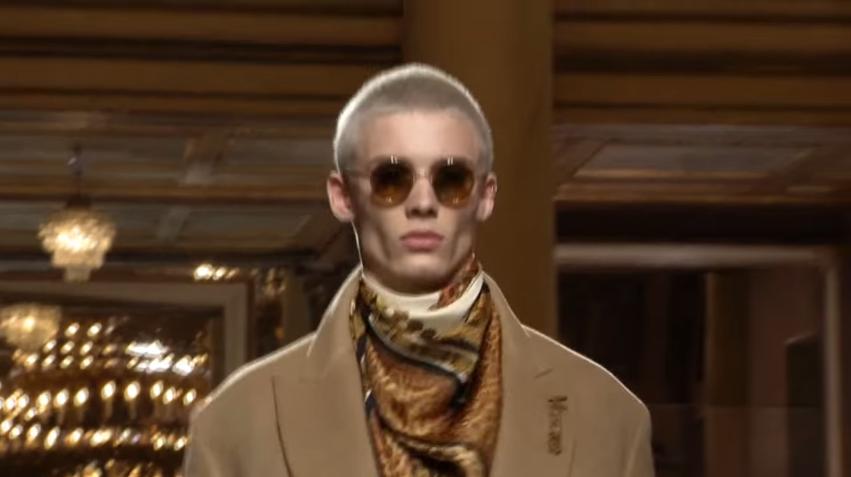 Versace | Herbst Winter 2018/2019 Vollmodenschau | Herrenbekleidung