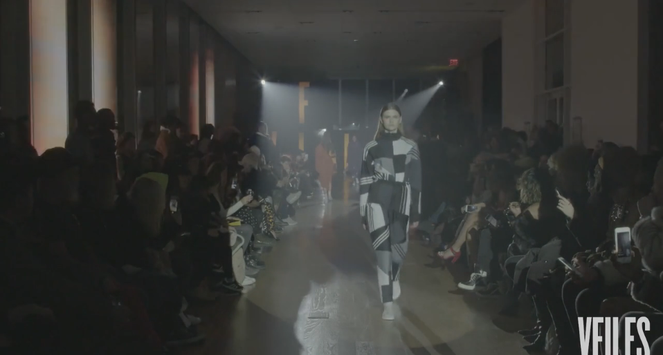 Daniëlle Cathari während der New York Fashion Week AW17