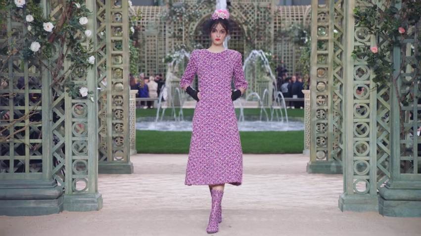 Der Frühling-Sommer 2018 Haute Couture Kollektion - CHANEL