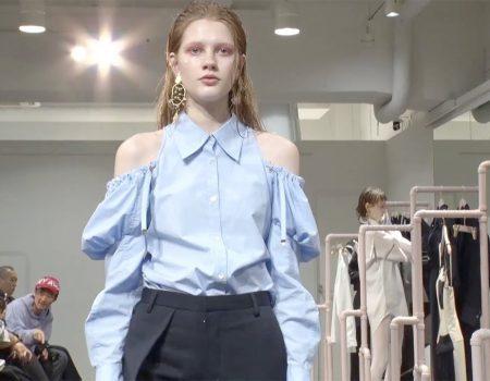 Akikoaoki un diseñador japonés inusual en el Tokyo Fashion Week