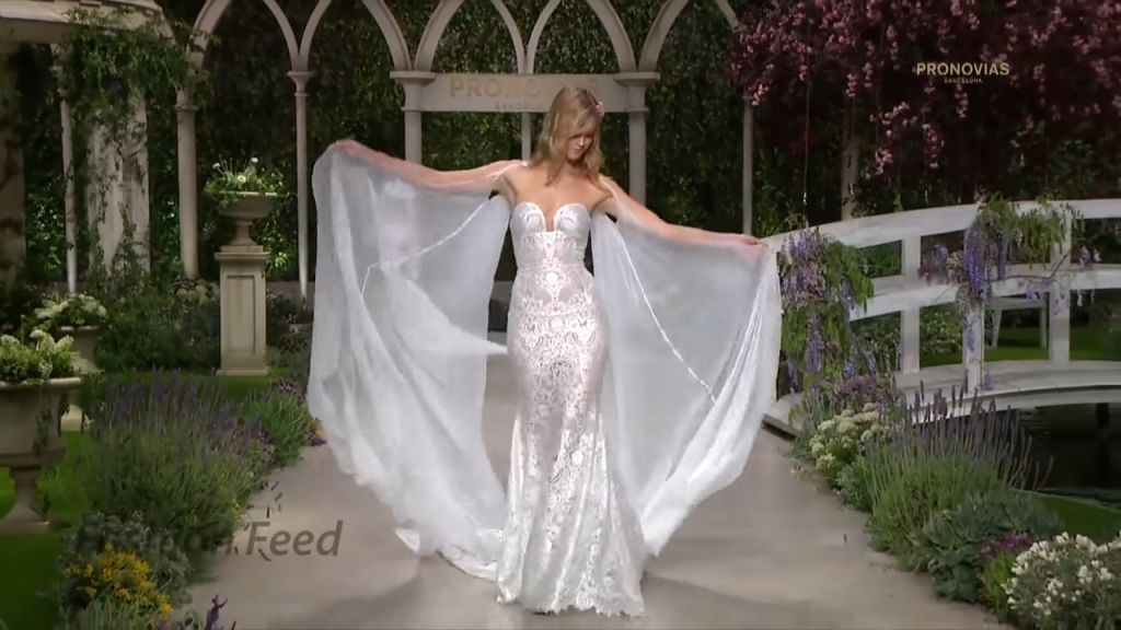 Screenshotter PronoviasBridal2019BarcelonaBridalFashionWeek2018 2'11""