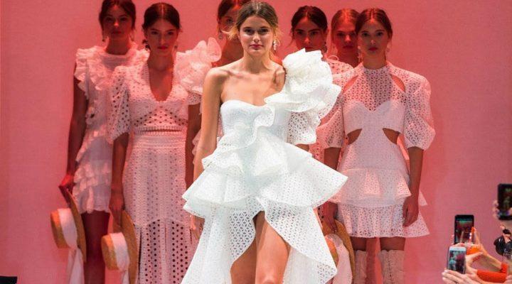 de Thurley Collection Resort 2018 en la Semana de la Moda Mercedes-Benz