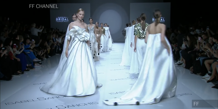 Isabel Sanchis FW 2018 at Barcelona Bridal Fashion Week