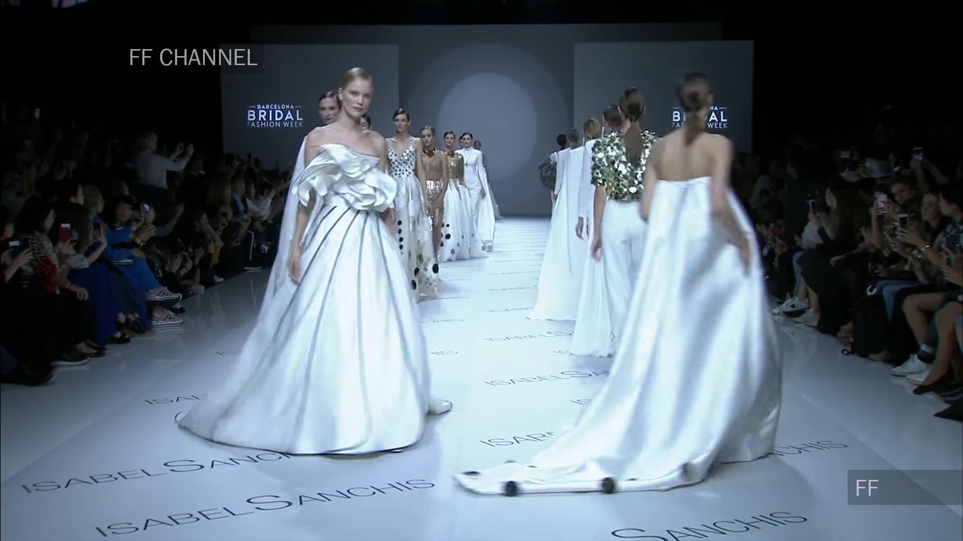Isabel Sanchis FW 2018 in Barcelona Bridal Fashion Week