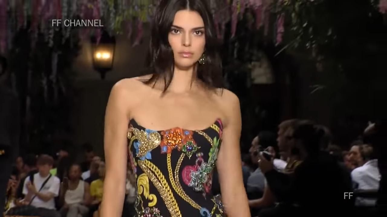 Versace Frühling, Sommer, 2019. Mailänder Herren
