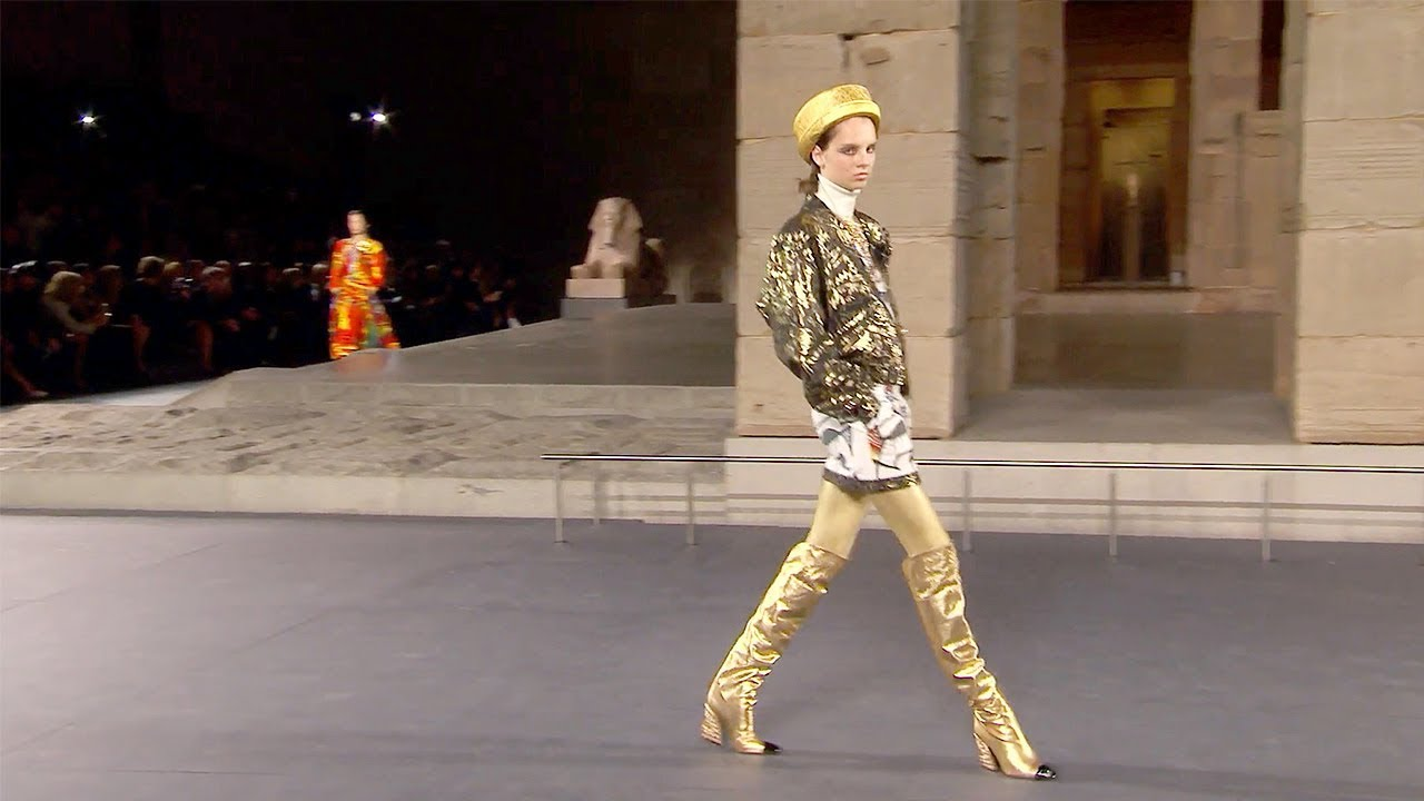 Chanel's Métiers d'art 2018/19 collection