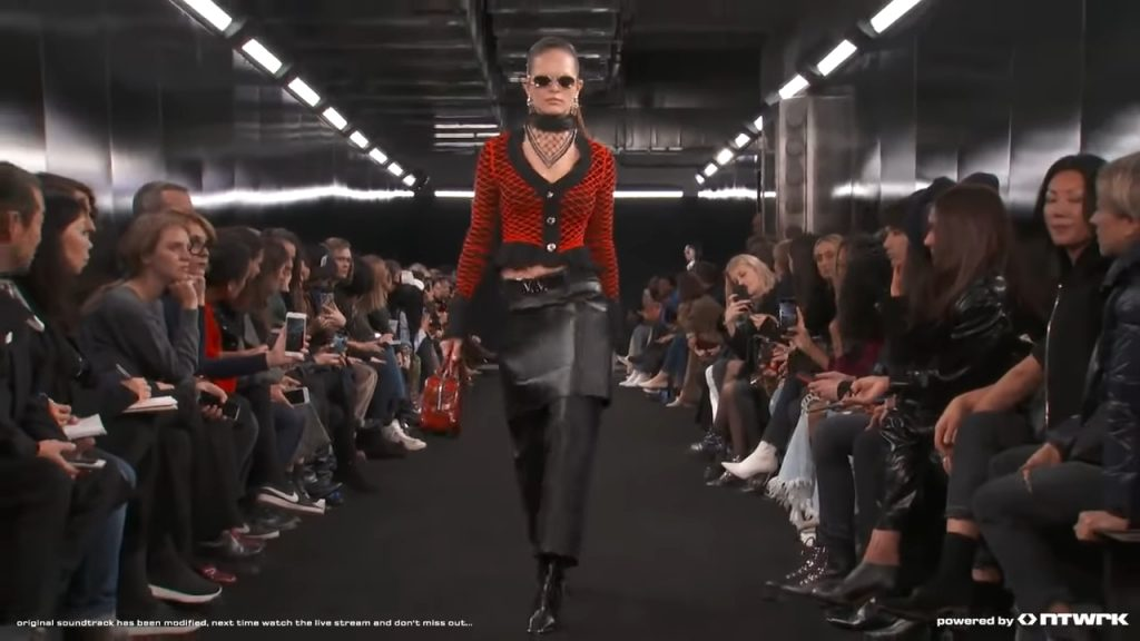 Screenshotter ALEXANDERWANGCOLLECTION2FW19 1'23""